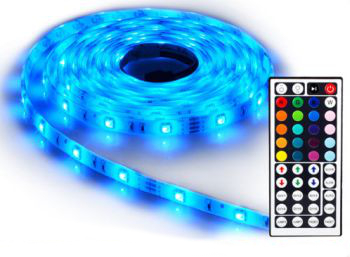 Das LED-band ist wasserfest und kostet 17,99 Euro (Bild: Ebay)