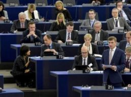 Beschlossen: Roaming-Gebühren werden bis 2017 abgeschafft