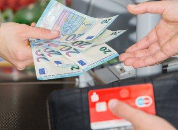 Aldi-Süd: Geld abheben beim Discounter ab sofort möglich