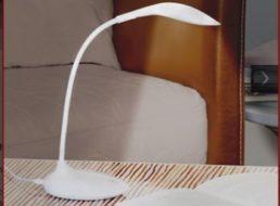 Druckerzubehoer.de: LED-Schreibtischlampe mit Touchfunktion für 5,97 Euro frei Haus